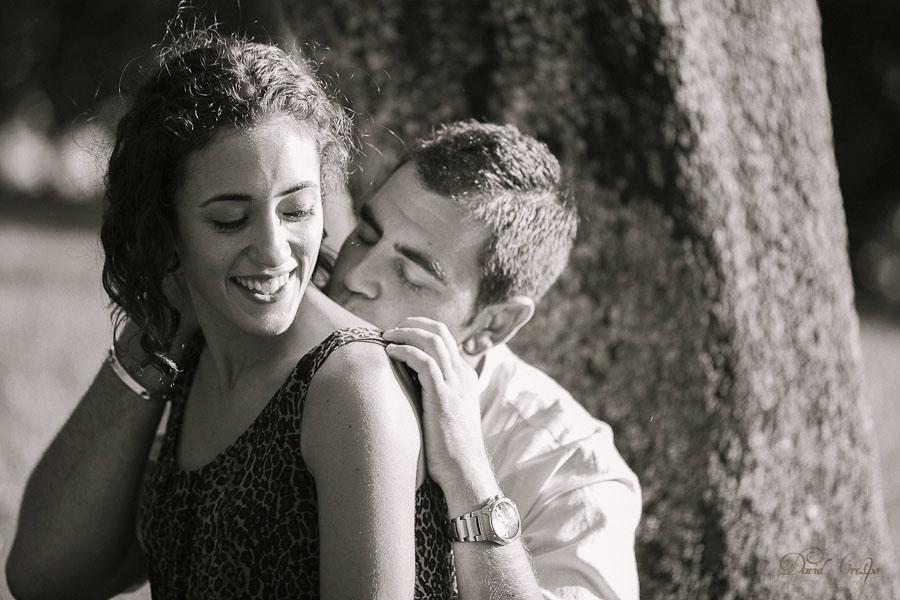 Preboda Silvia y Miguel Parque El Retiro Madrid, Fotografo David Crespo Fotowedding www.davidcrespo.com, preboda divertida, esession prewedding wedding photographer, fotografia de boda, fotografos de bodas, novios, fotoperiodismo, documentary photojournalism